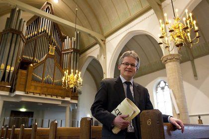 Dorpskerk van Ouderkerk aan de IJssel met Paul Kieviet