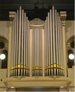 Everhard Zwart speelt orgelconcert in de Grote kerk van Terneuzen