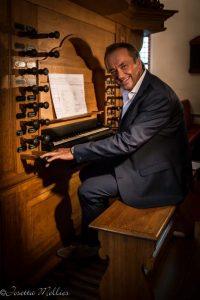 Martin Mans vindt orgelspelen en dirigeren afwisselen gaaf
